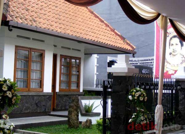 8 rumah bersejarah di indonesia dhottest